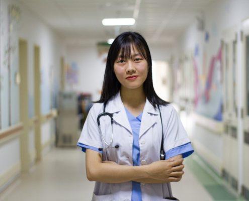 ascensores en centros médicos y hospitales